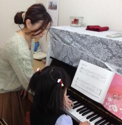 加須市の音楽教室BEC ピアノレッスン